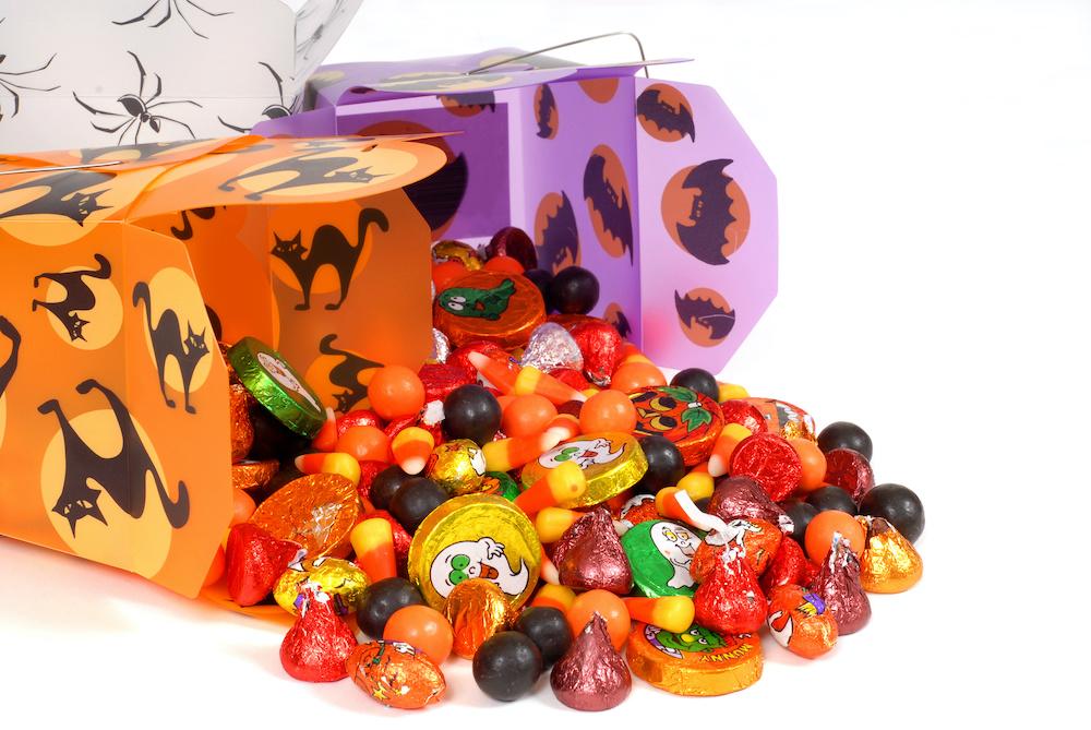 https://www.corneliusdentistry.com/wp-content/uploads/2021/01/Halloween-candy.jpeg